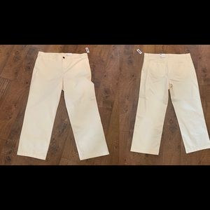 NWT women's size 16 chinos